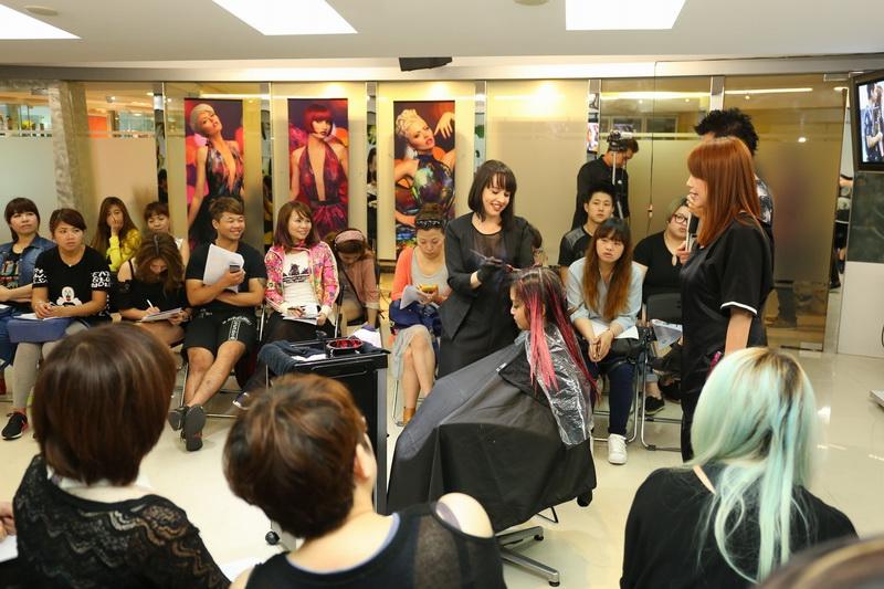 http://www.hairsalon.com.tw/images4/large/16716155.jpg