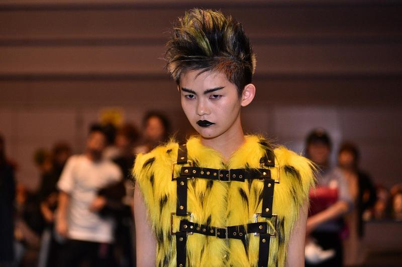 http://www.hairsalon.com.tw/images6/large/161018165.jpg