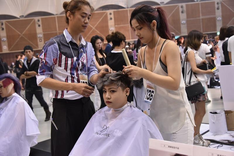 http://www.hairsalon.com.tw/images6/large/610241019.jpg